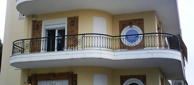 Τριώροφη κατοικία στο Χαιδάρι